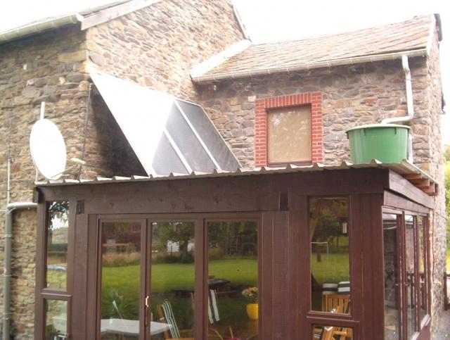 Chauffage solaire en r hausse de chaudi re et air chaud for Cout rehausse maison