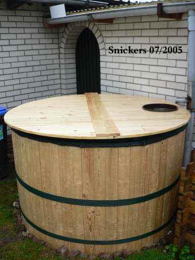 fabriquer un r cup rateur d 39 eau de pluie en bois. Black Bedroom Furniture Sets. Home Design Ideas