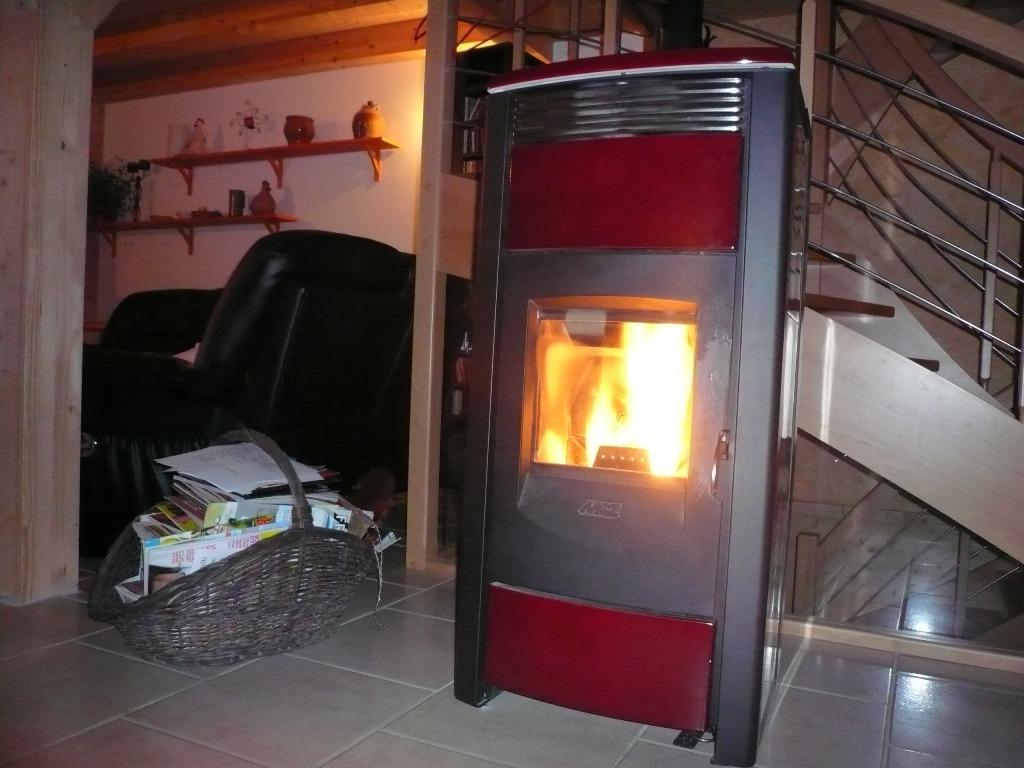 po le granules de bois et plancher chauffant page 3. Black Bedroom Furniture Sets. Home Design Ideas