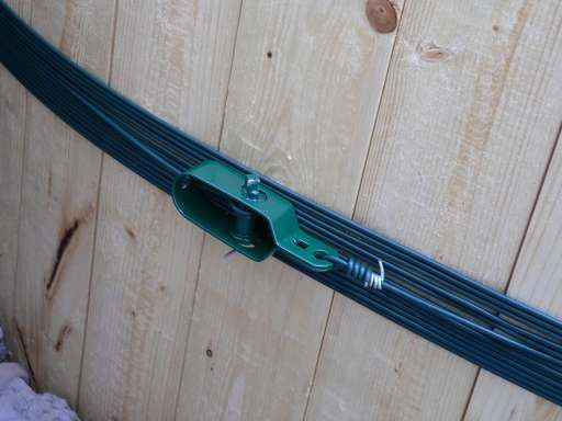 Fabriquer un r cup rateur d 39 eau de pluie en bois forums for Installer corde a linge