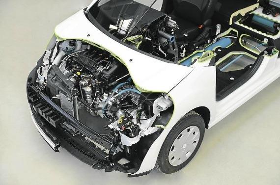 nouvelle hybride peugeot essence air comprim 3l 100km. Black Bedroom Furniture Sets. Home Design Ideas