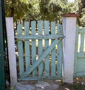 Id es co deco avec r cuperation de palettes de bois for Fabriquer une porte en bois de jardin