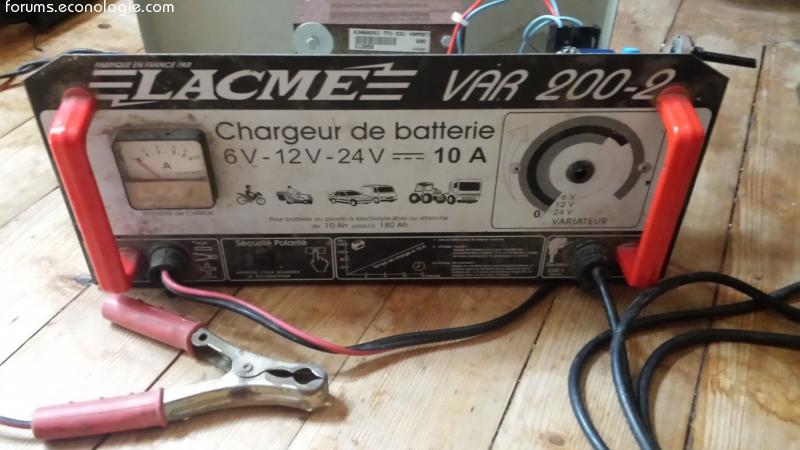 Réparation Des Batteries De Voiture Avec Chargeur De