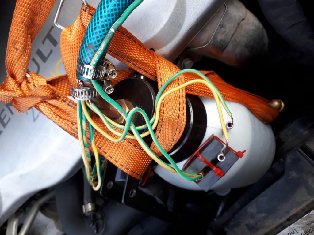 BLOWER WATER WATER WATER - 4 SPACE - مربوط به مایع باتری با 2 X 2 MAGNEET POWERFISHING FAGES = H2OHHO (1) .jpg