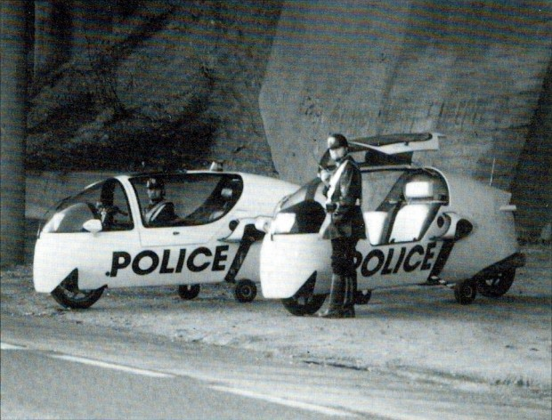 1991_police_ecomobiles_until_the_end_of_the_world_photo1-620x472.jpg