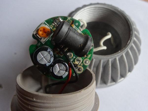 led-bulb-life.jpg
