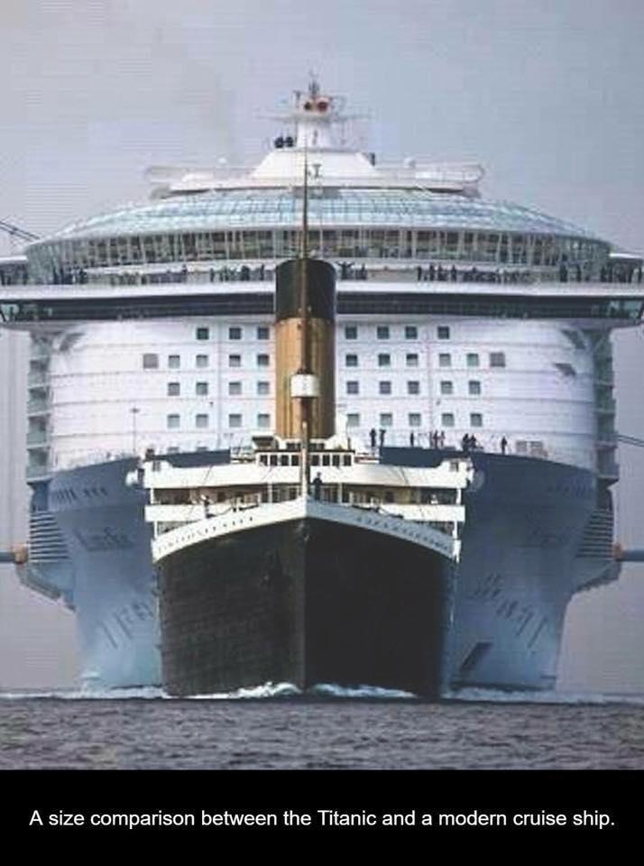 Titanic_VS_giant_sea.jpg