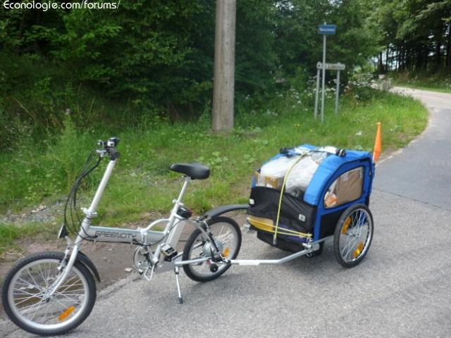 bicicleta de servicios públicos de electricidad solar