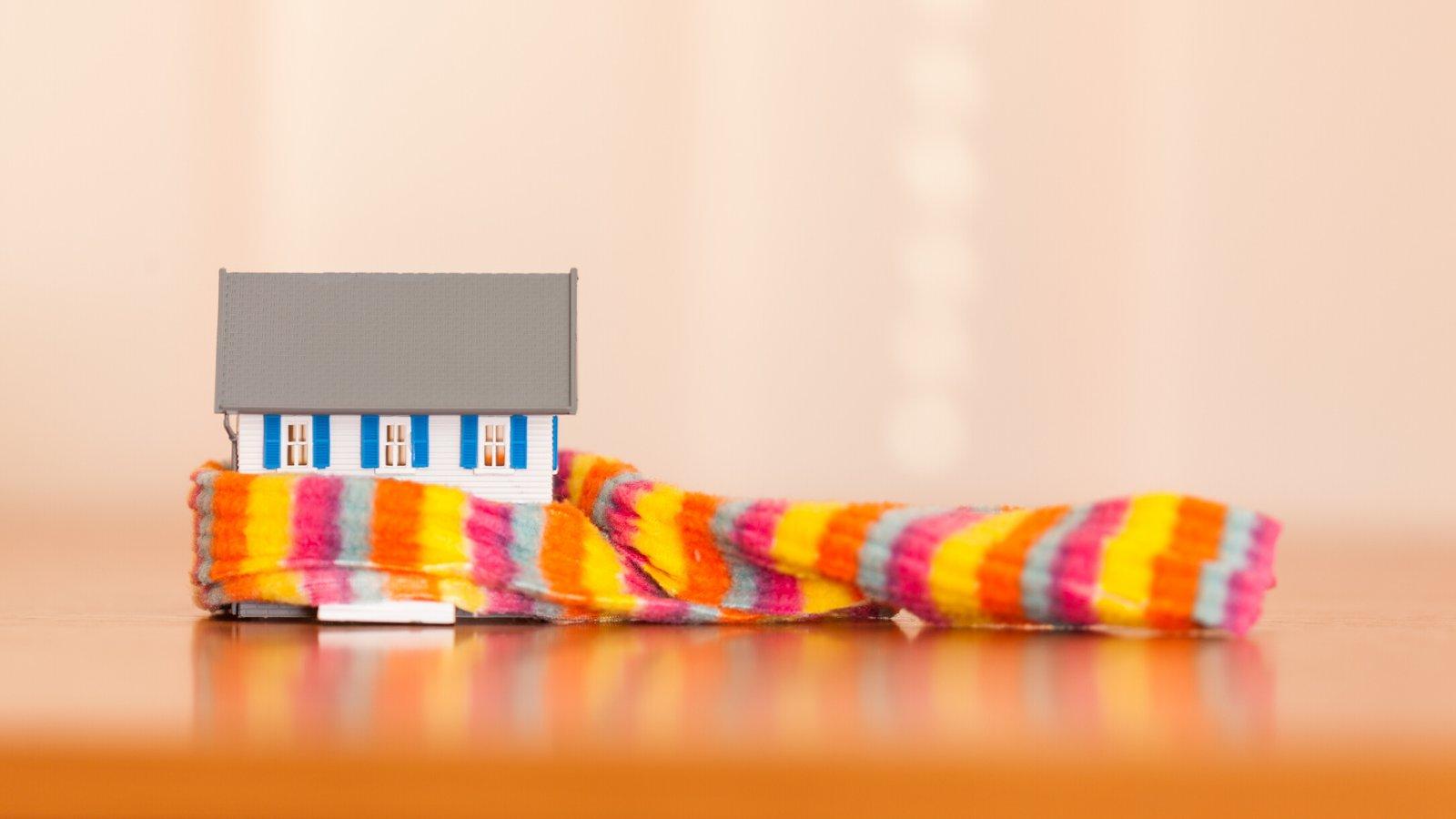 Poser Des Tringles À Rideaux Avec Coffre Volet Roulant astuces pour avoir chaud chez soi sans pousser le chauffage